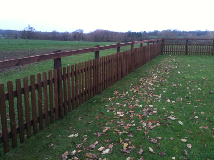 garden-fence-2 – Edward Gilder, Fencing & Groundwork Contractor